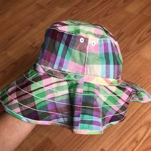 Baby Gap plaid hat, size M/L (4-5)